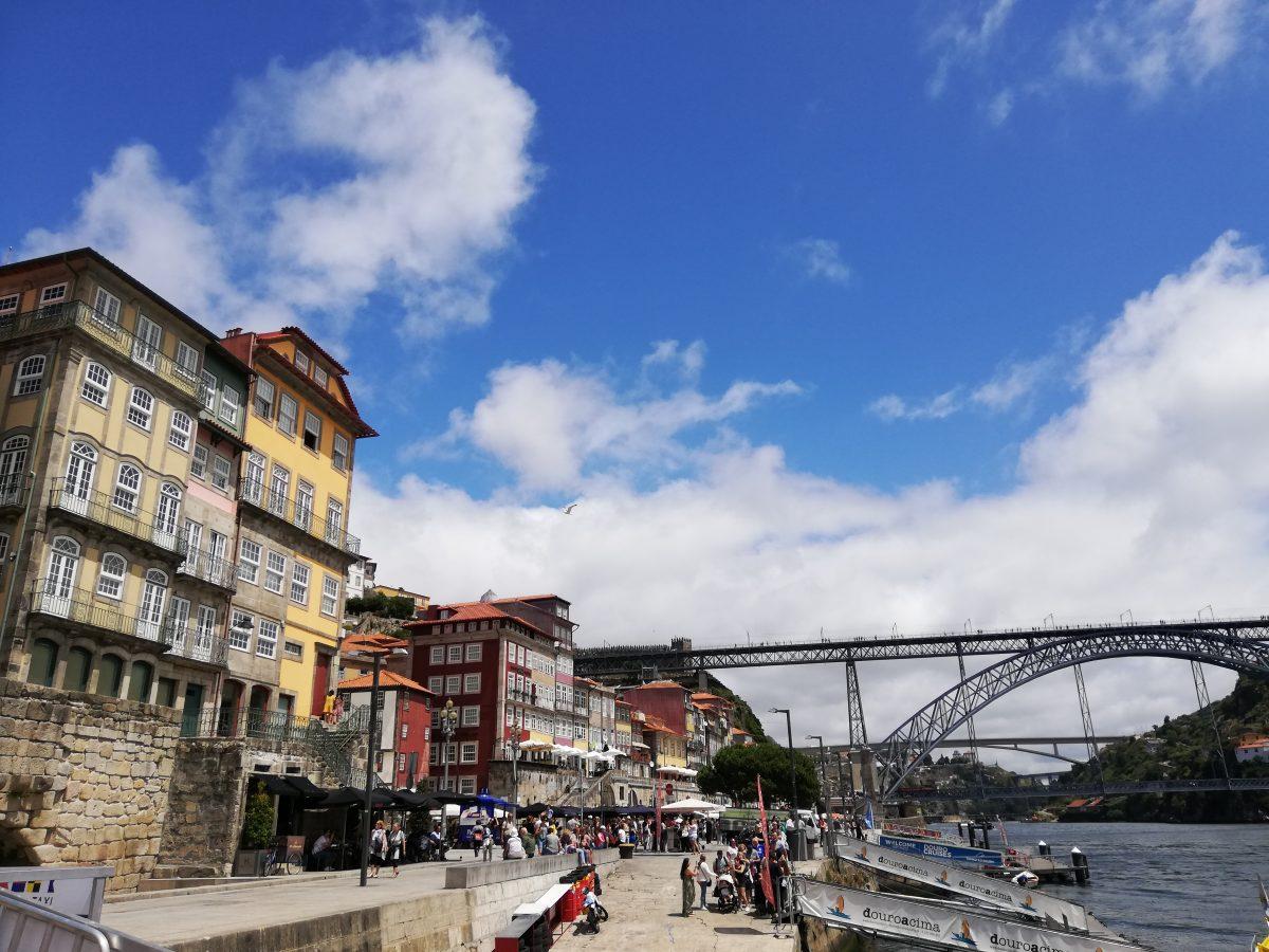 città di porto portogallo vista del ponte sul fiume